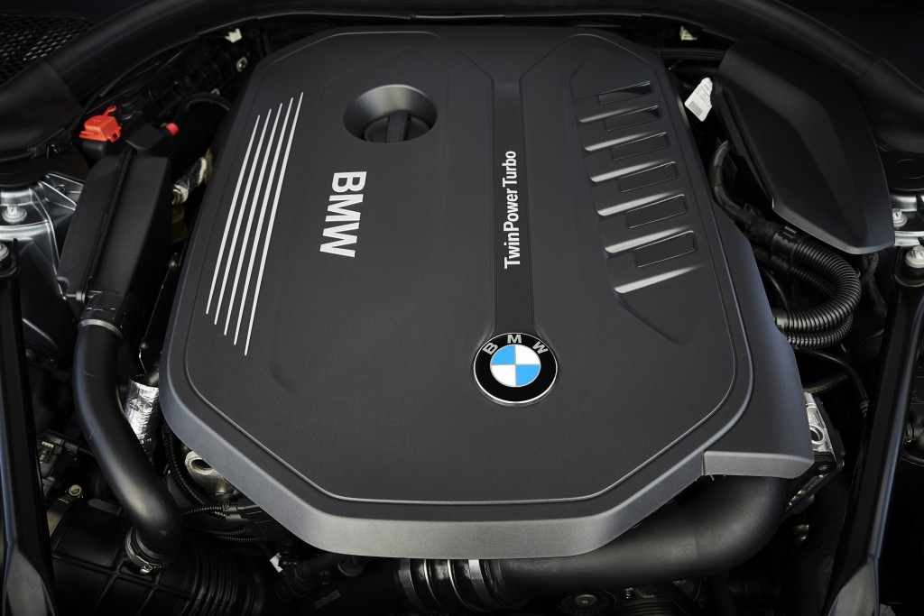 p90237201_highres_the-new-bmw-5-series