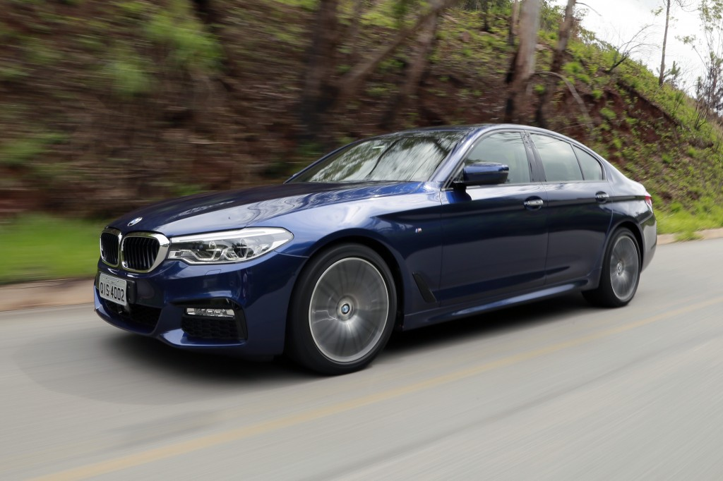 P90254811_highRes_new-bmw-5-series-04-