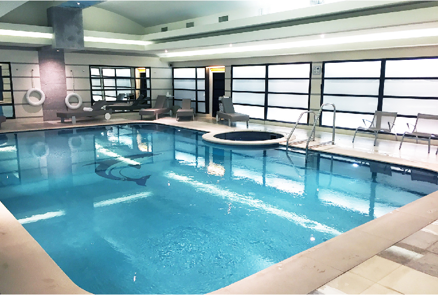 club-10-swimming-pool-spa-milan