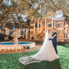 Disney's Fairy Tale Weddings & Honeymoons completa 30 anos transformando contos de fada em realidade
